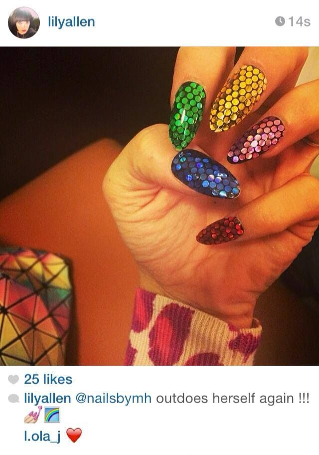 @nailsbymh Lily Allen nail art