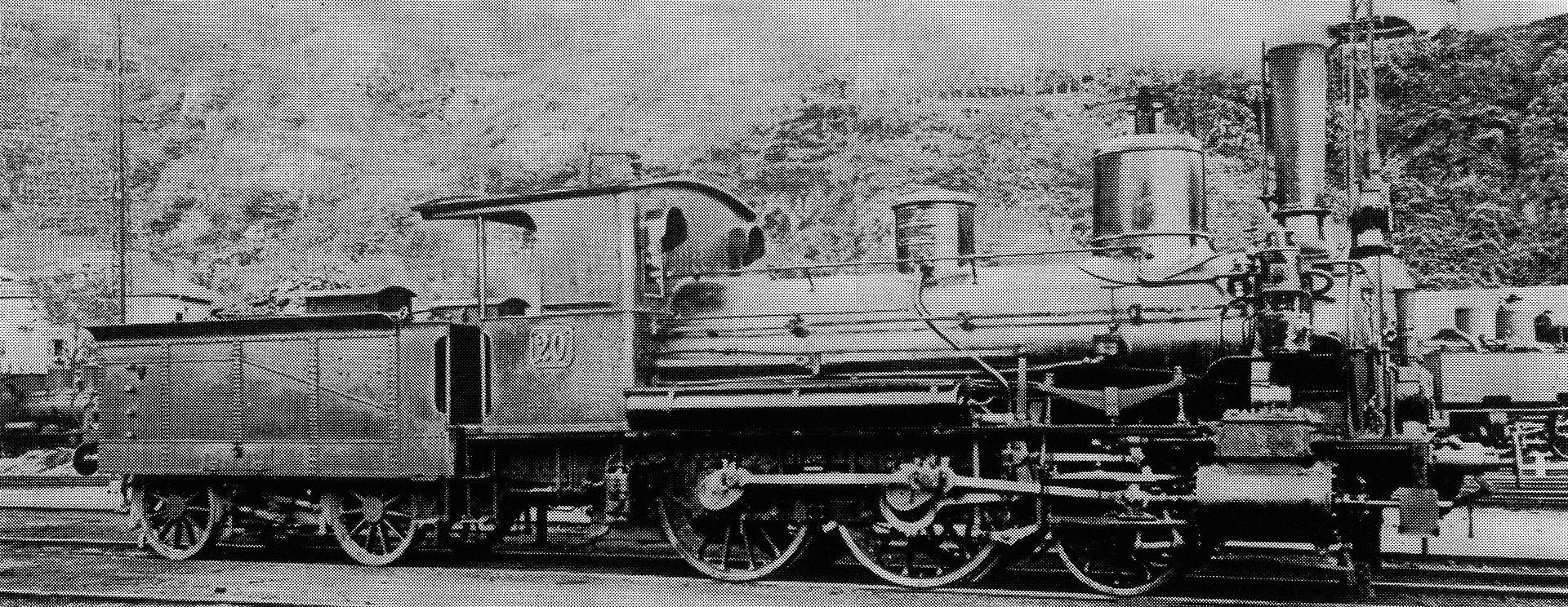 Perſonenzuglocomotive Nr. 20 des Typs C 2/3 der Gotthardbahn für den Betrieb der Teſſiner Thalbahnen, gebaut 1883 von der Maschinenbau-Gesellschaft Carlsruhe (Fabr.-Nr. 1069), 1901 mit neuem Keſſel ausgeſtattet, 1909 als Nr. 2220 von den Schweizeriſchen Bundesbahnen übernommen, 1913 außer Dienſt geſtellt und anſchließend abgebrochen.