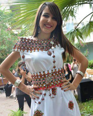 Traditional kabyle dress tenue-kabyle-iwadiyen. | traditional kabyle dress en 2018 | Pinterest ...