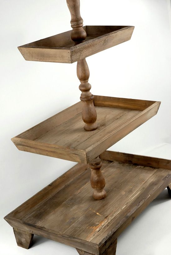 Rustic tier stands in wood and buffet