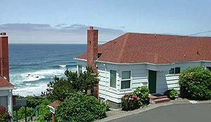 Lincoln City Oregon Lodging Complete List With Photos Oregon Coast Lincoln City Oregon Oregon Hotels Oregon