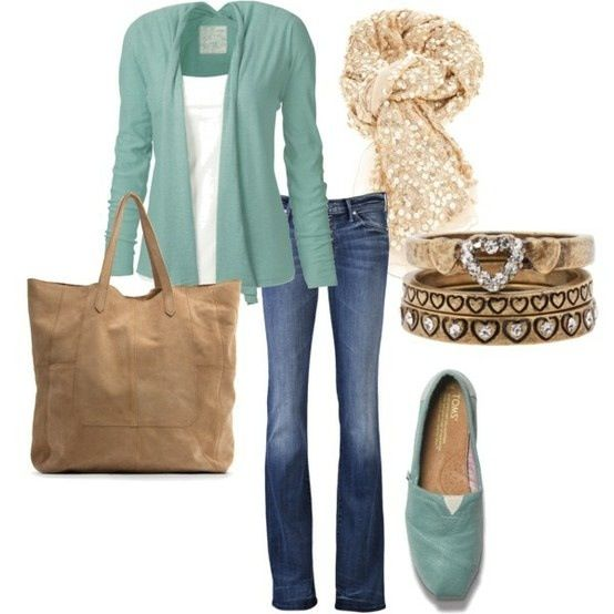 How to wear turquoise color with jeans and light brown tote bag - Casual look ideas