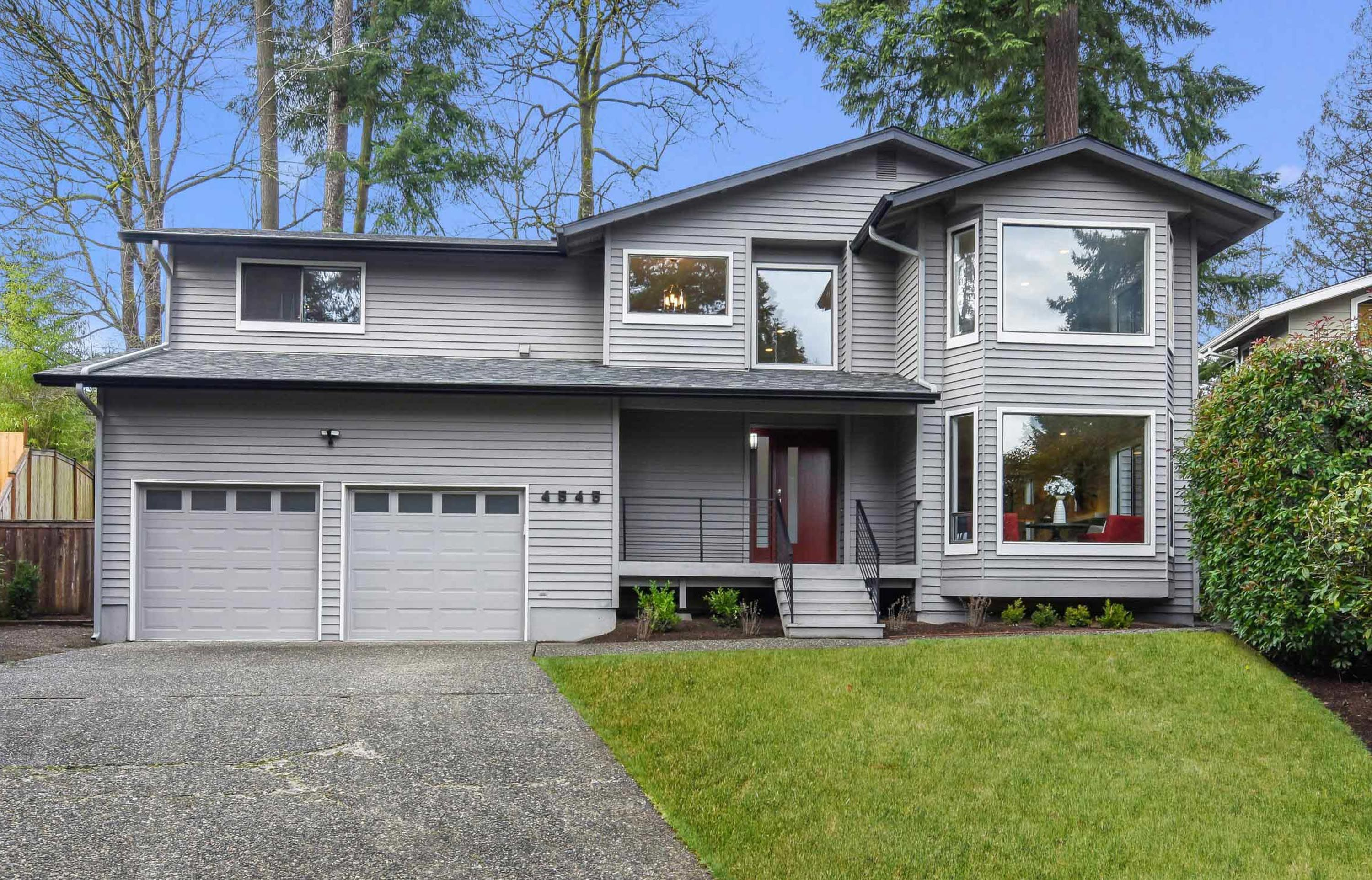 Fully remodeled 4 bedroom 35 bath home in desirable