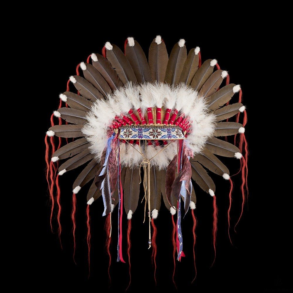Cheyenne style feather headdress/war bonnet «Stars and Stripes Warriorr» 2124.12.01 (front view)  ☩ «4Colors»™