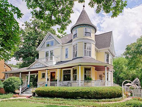 10 Enchanting Victorian Houses For Sale Victorian Houses For Sale Victorian Homes Victorian Architecture