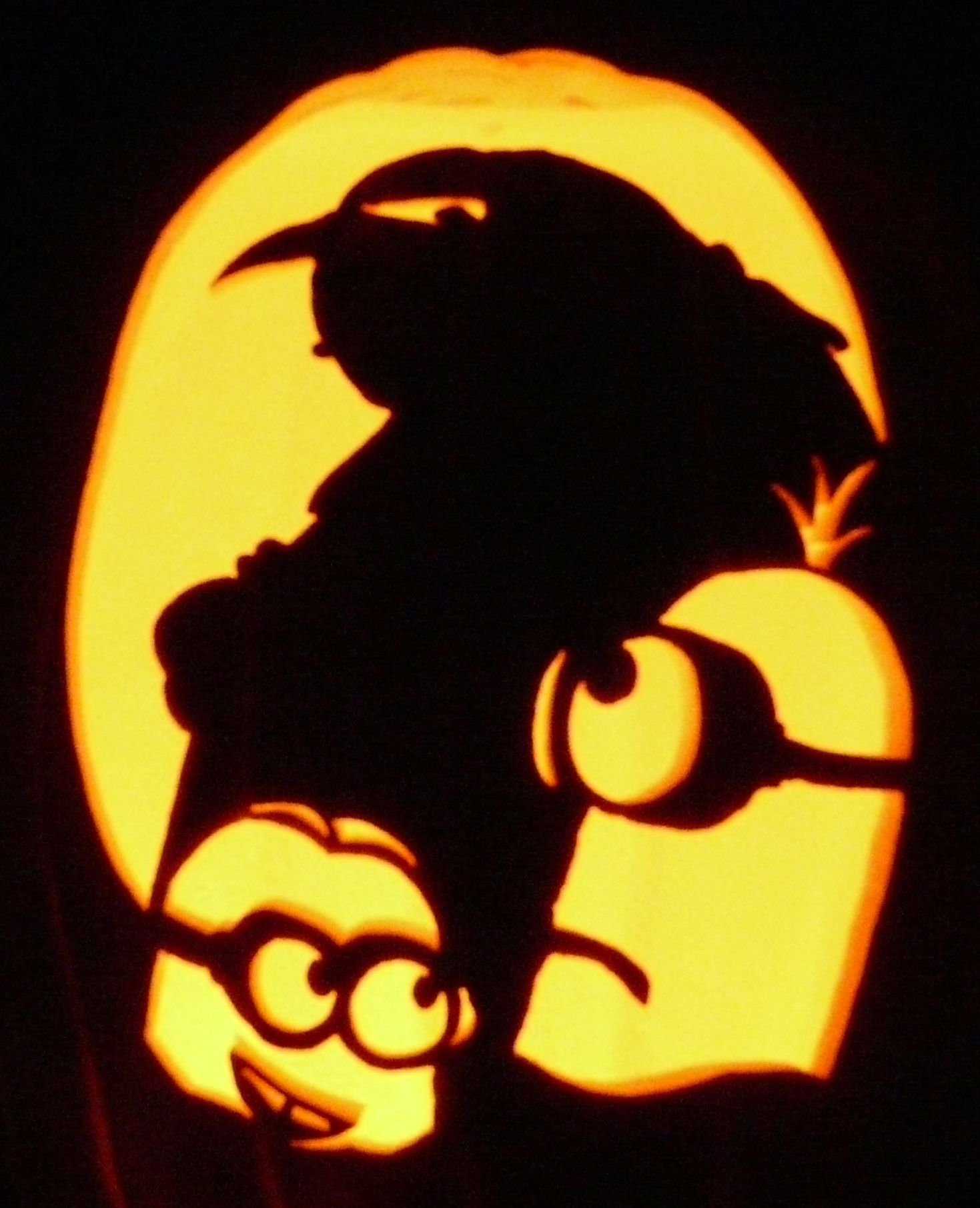 Carved pumpkin i carved this on a real pumpkin last year for Minion pumpkin stencil
