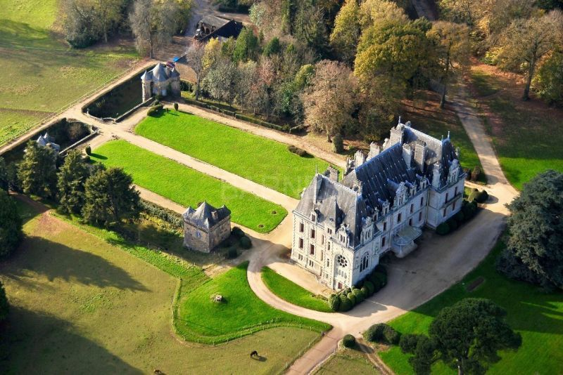 Morbihan - Château XIXème et son domaine d'exception ...