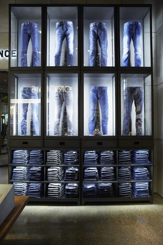 Jeans display tienda ropa pinterest vitrines for Agencement container