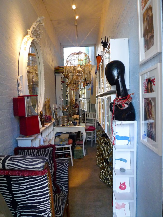 laura lobdells a tiny boutique in new york funky store decor ideas pinterest boutiques yoga et york