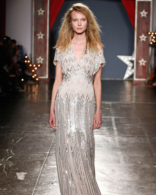 Jenny Packham Spring 2018 Wedding Dress Collection  0738ddb57