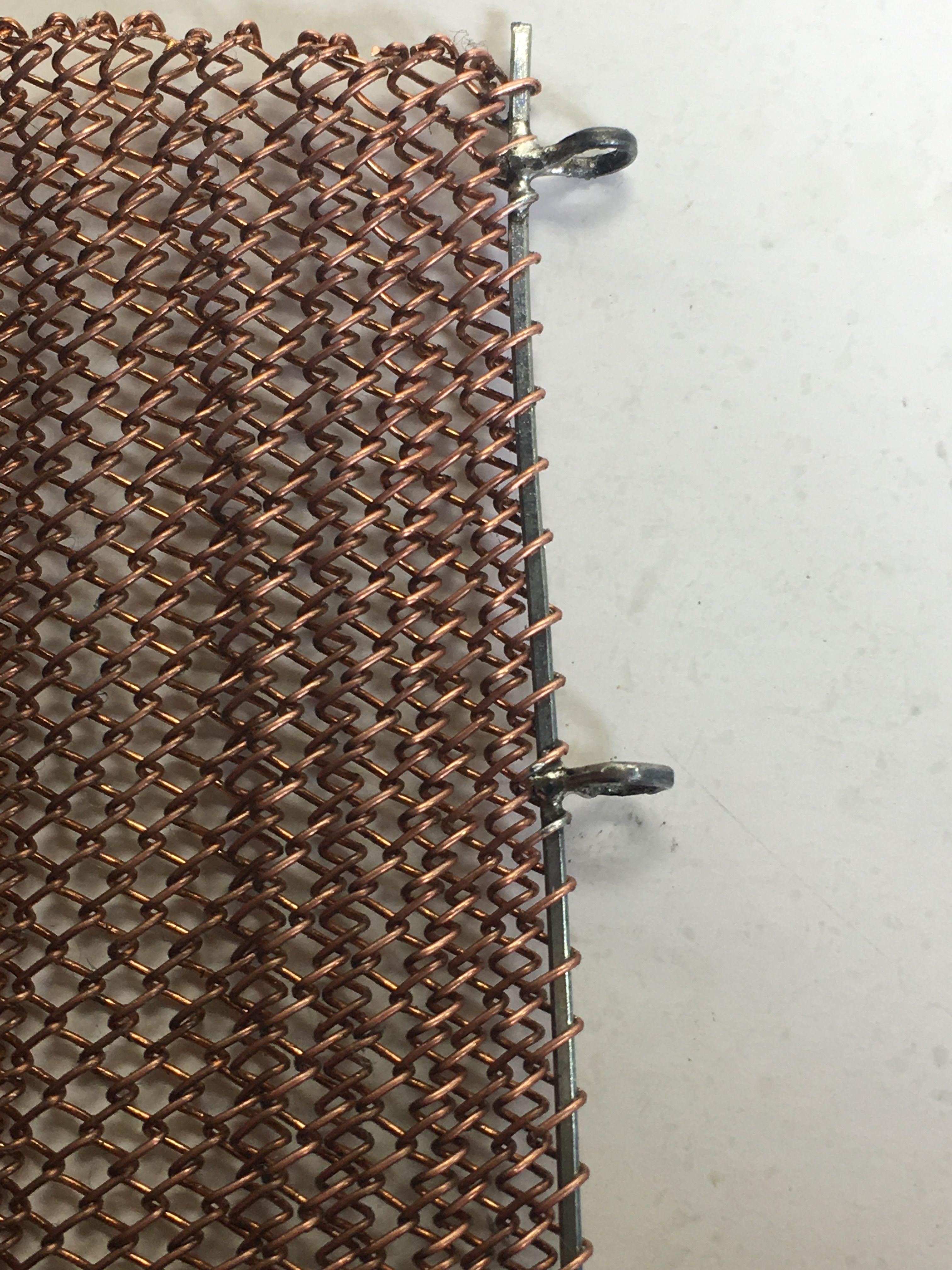 Detalle abrazaderas Valla de alambre trenzado 13532 acabada