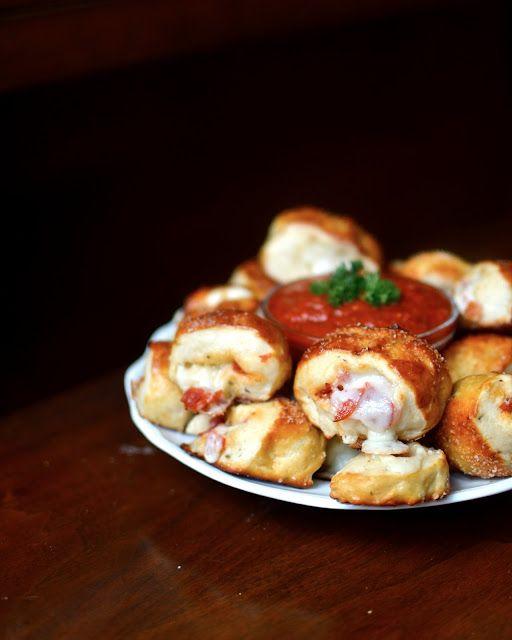 Pretzel Pizza Rolls With Auntie Anne Style Pretzels Pretzel Pizza Pizza Rolls Food Recipes