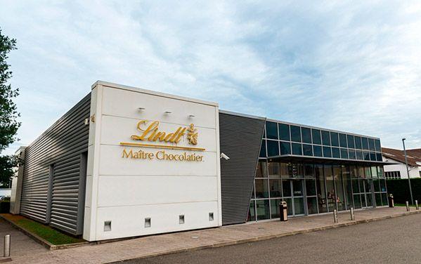 Magasin du0027usine Oloron-Sainte-Marie Les Boutiques Lindt Chocolats