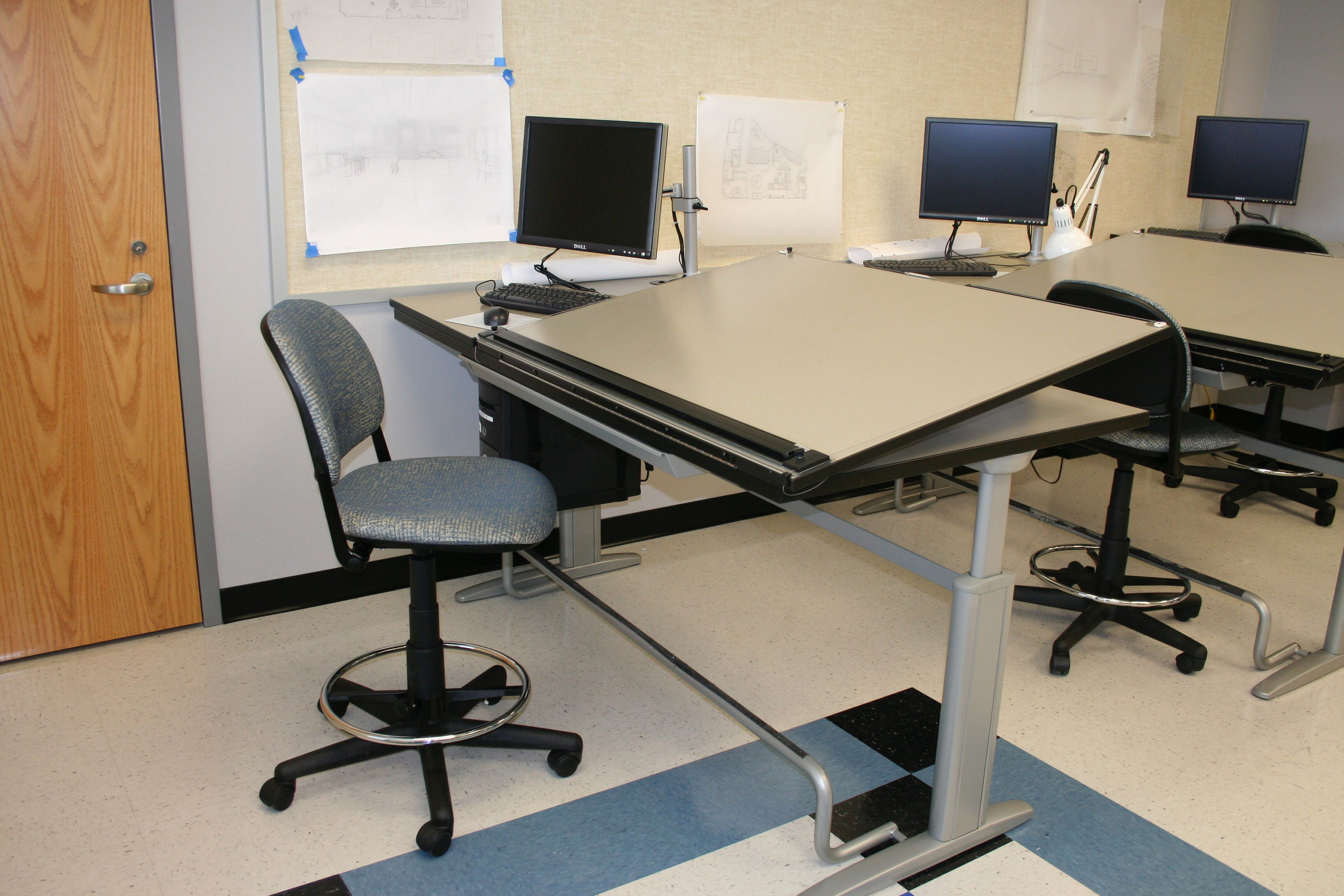 Nice KI Drafting Table, Adjustable Height.