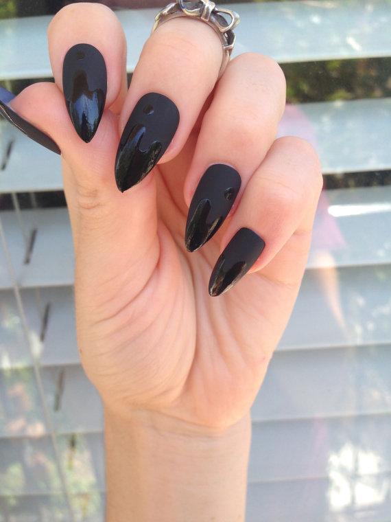 Matte Black Stiletto nails, 24 drip matt black nails, Matte black ...