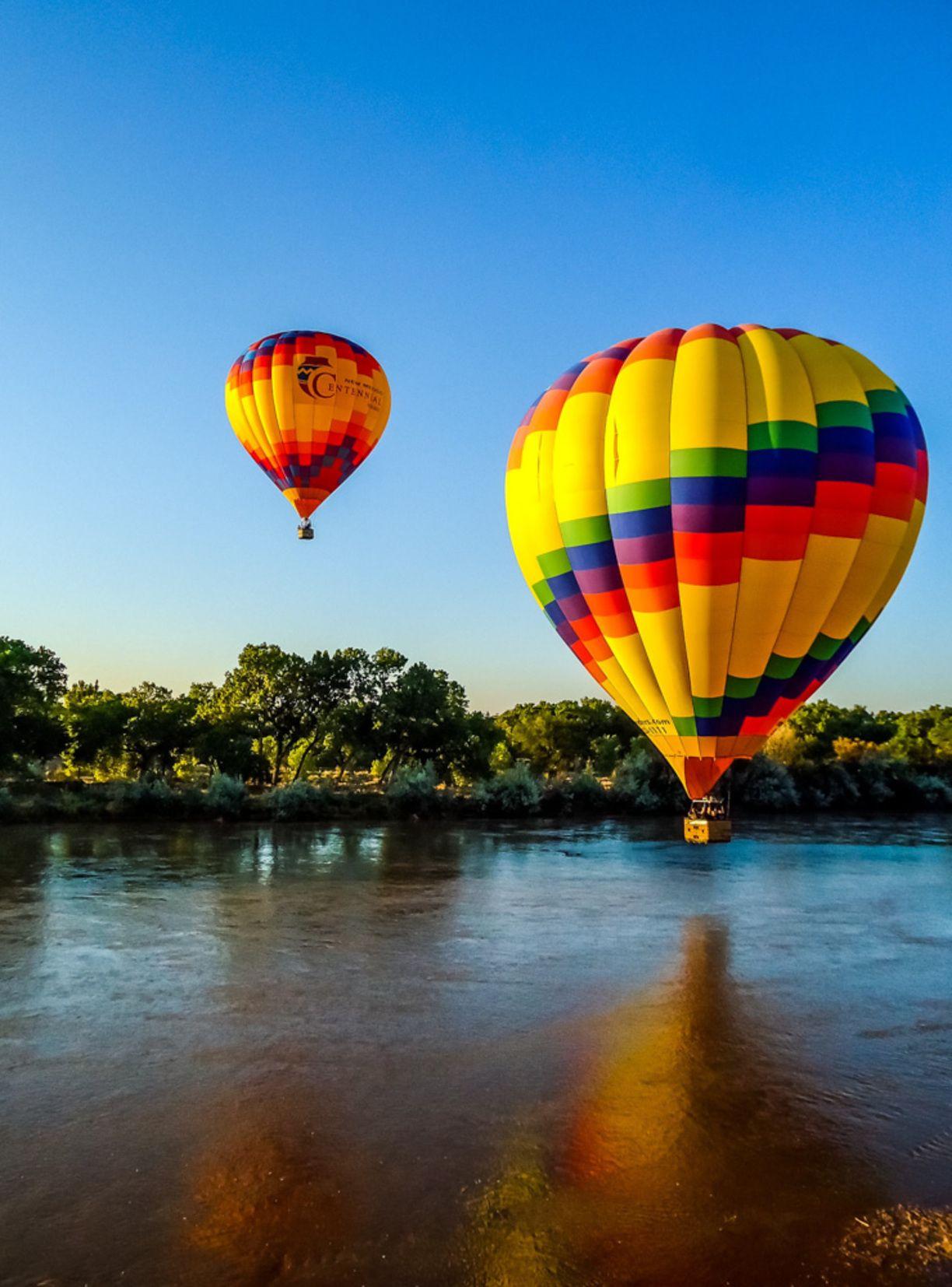 Albuquerque, New Mexico — by A Cruising Couple Balloon