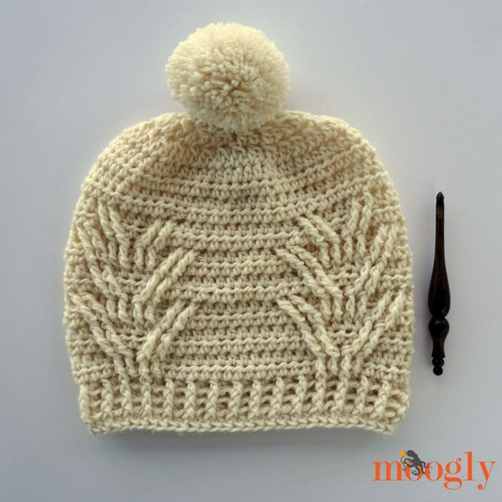 The Staghorn Slouch is a fun and chic free crochet pattern on Moogly ...