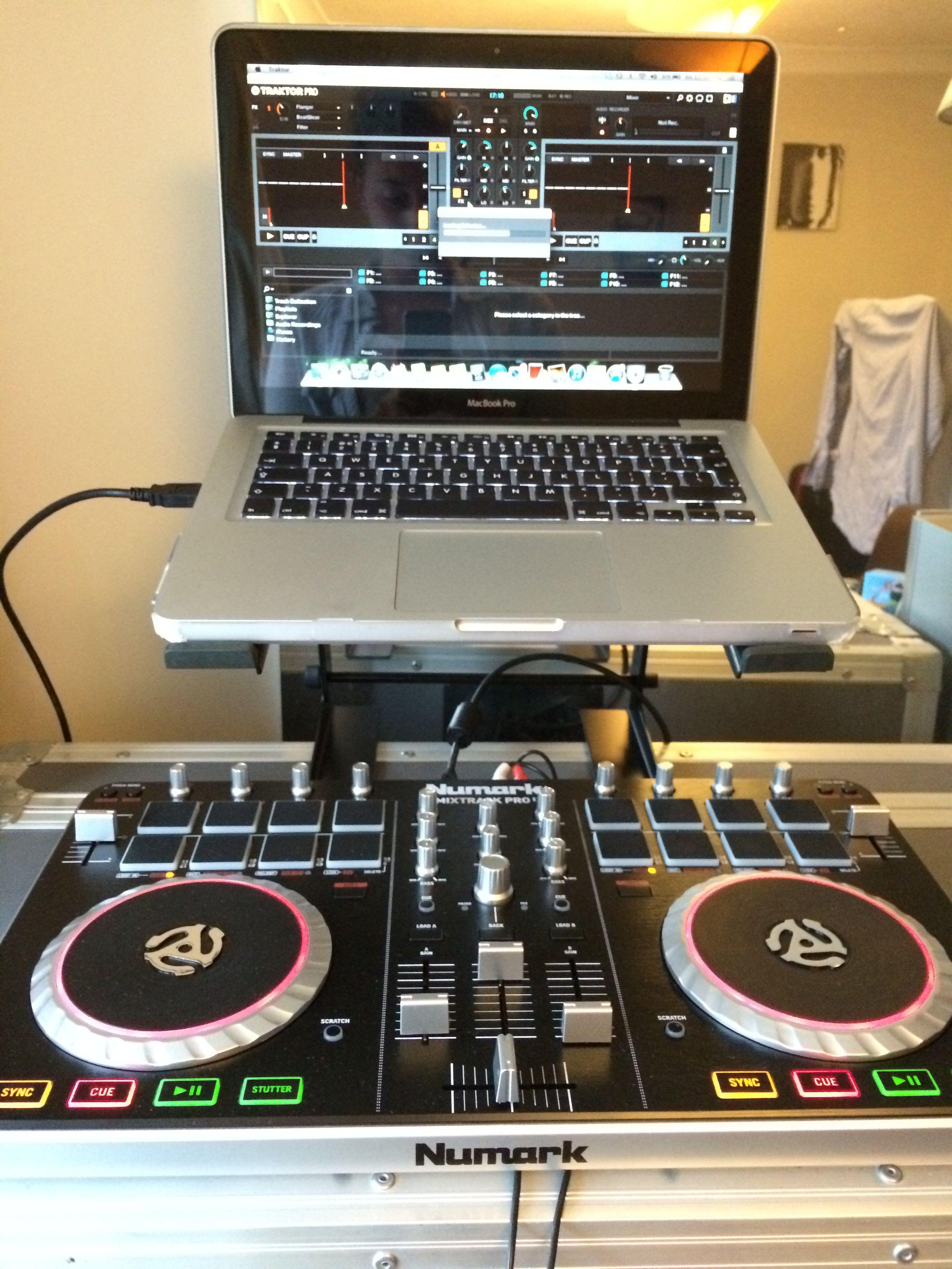 Dj Set Up Numark Mixtrack Pro 2 And Traktor Electronic Products Sync Dj