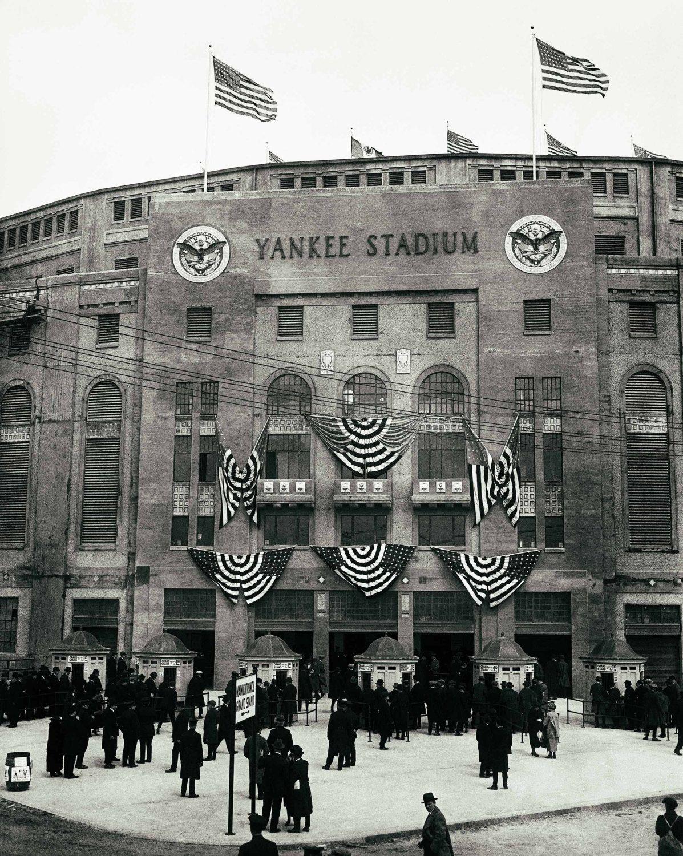 Yankee Stadium New York Yankees Vintage Photograph Print Etsy New York Yankees Yankee Stadium Ny Yankees Poster
