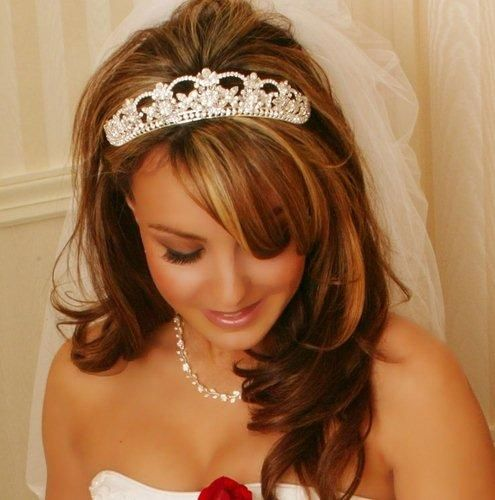 love this tiara