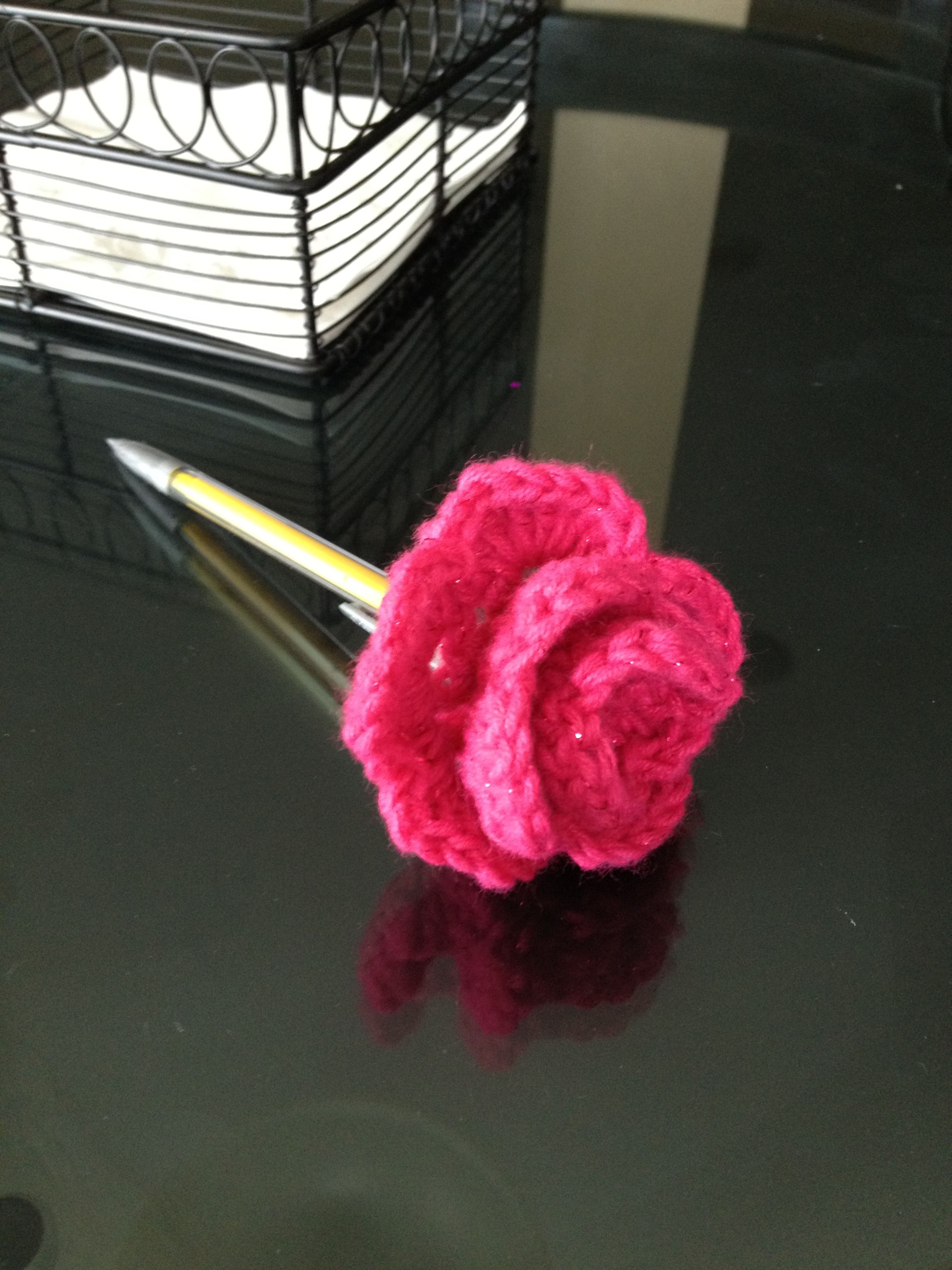 Crochet Rose Pencil Topper. Found this fun & free pattern online ...