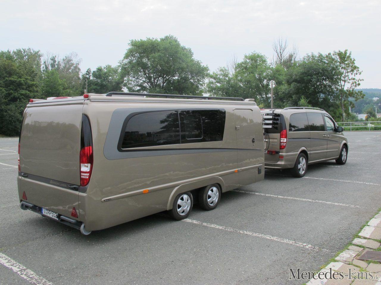 Do-it-yourself-Wohnmobil mit Stern und smart Roadster inside