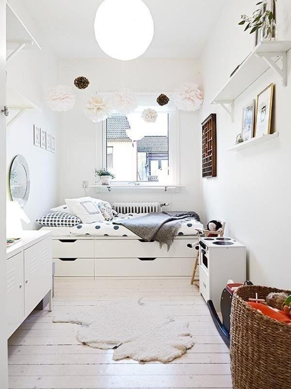 gemütliches Schlafzimmer in Weiß  Kleine wohnung
