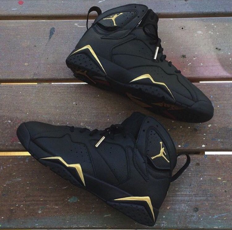 new concept e25fa bce95 Matte black 7s | SHOES | Shoes, Sneakers, Shoe boots