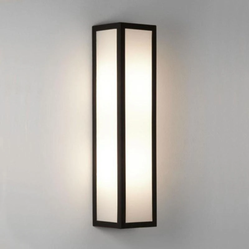 Sleek Contemporary Box Wall Light In 2020 Exterior Wall Light Wall Lights Outdoor Wall Lighting