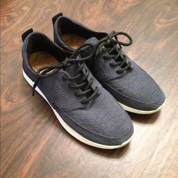 Reef Sneakers   Sneakers, Shoes, Reef shoes