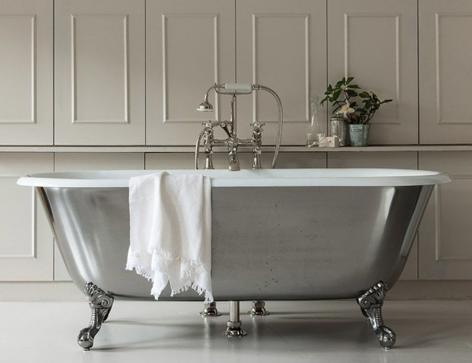 10 Easy Pieces Silver Finish Freestanding Bathtubs Free