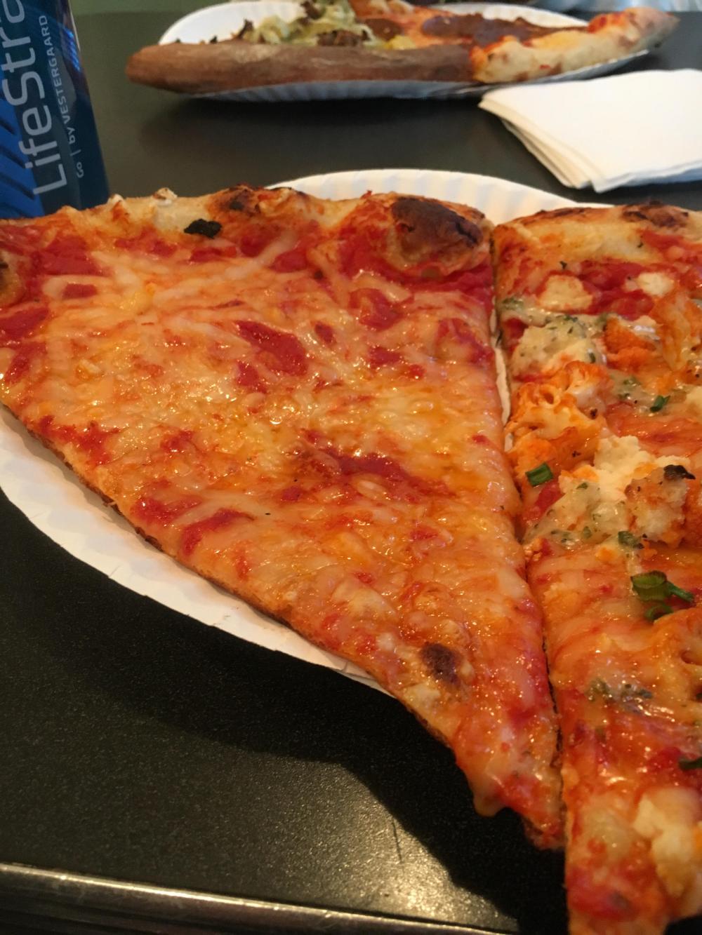 Screamer S Pizzeria Vegan Nyc Vegan Pizza Vegan Nyc Food