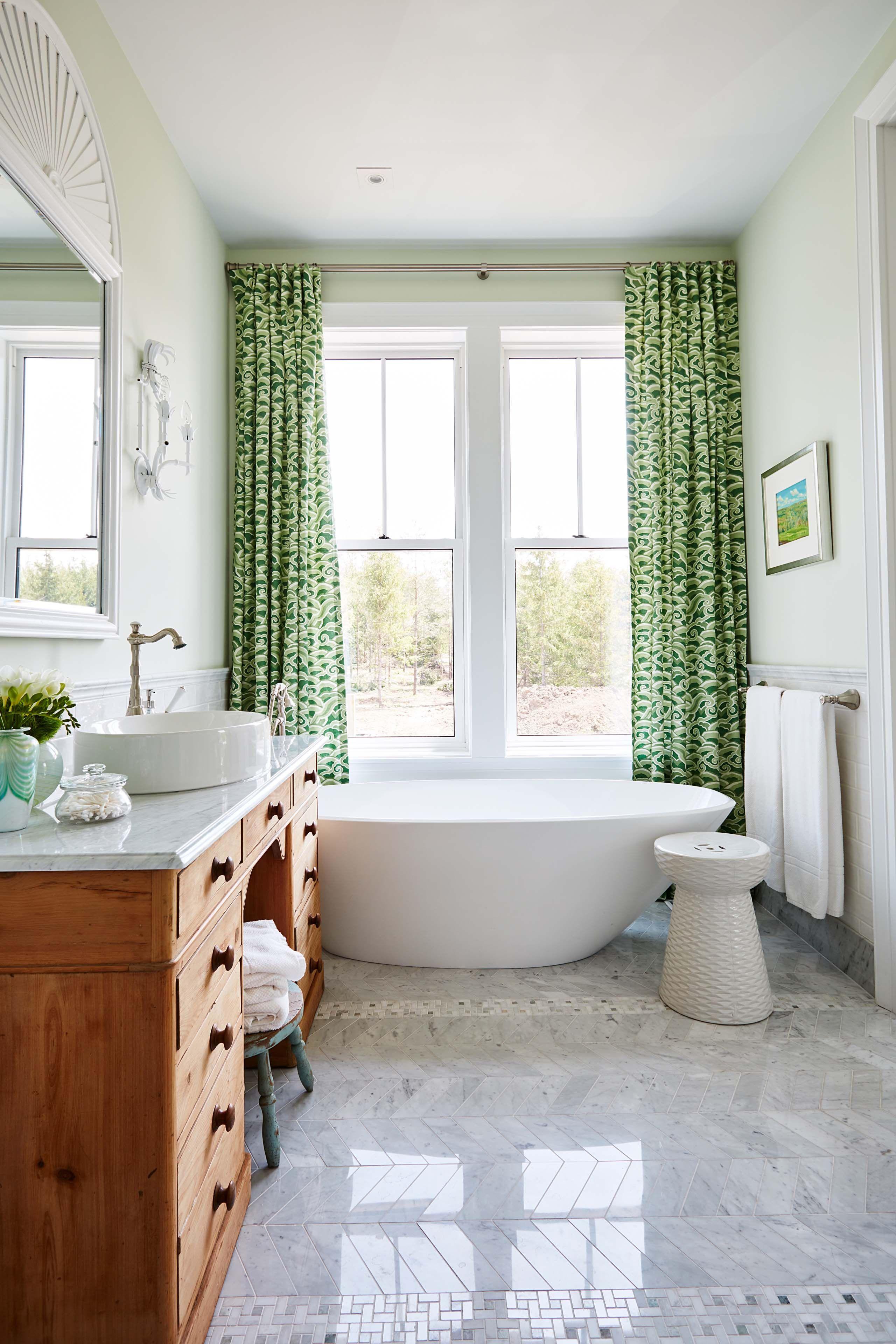 Miroir Salle De Bain Richardson ~ sarah richardson s new modern farmhouse part 2 salle de bains