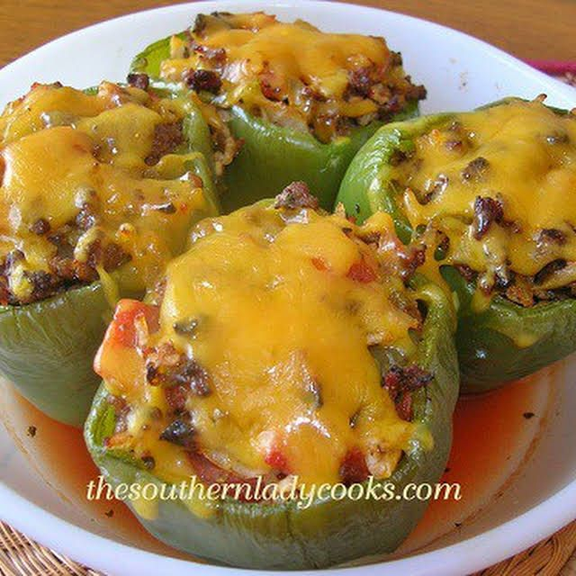 Stuffed Green Peppers With Green Peppers Lean Ground Beef Onion Oregano Worcestershire Sauce Pepper In 2020 Stuffed Peppers Stuffed Green Peppers Peppers Recipes