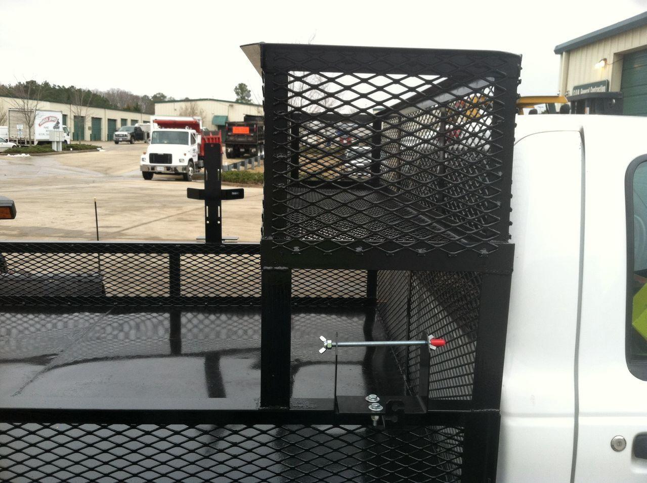 Upper assembly Landscaping equipment, Custom truck beds