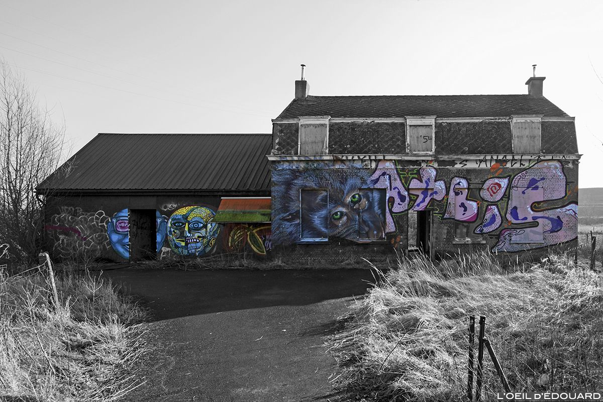 Urbex Street Art Graffiti Maison abandonnée Doel Belgique Belgium ...