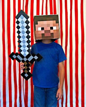 29 DIY Kid Halloween Costume Ideas Halloween costumes, Costumes - minecraft halloween costume ideas