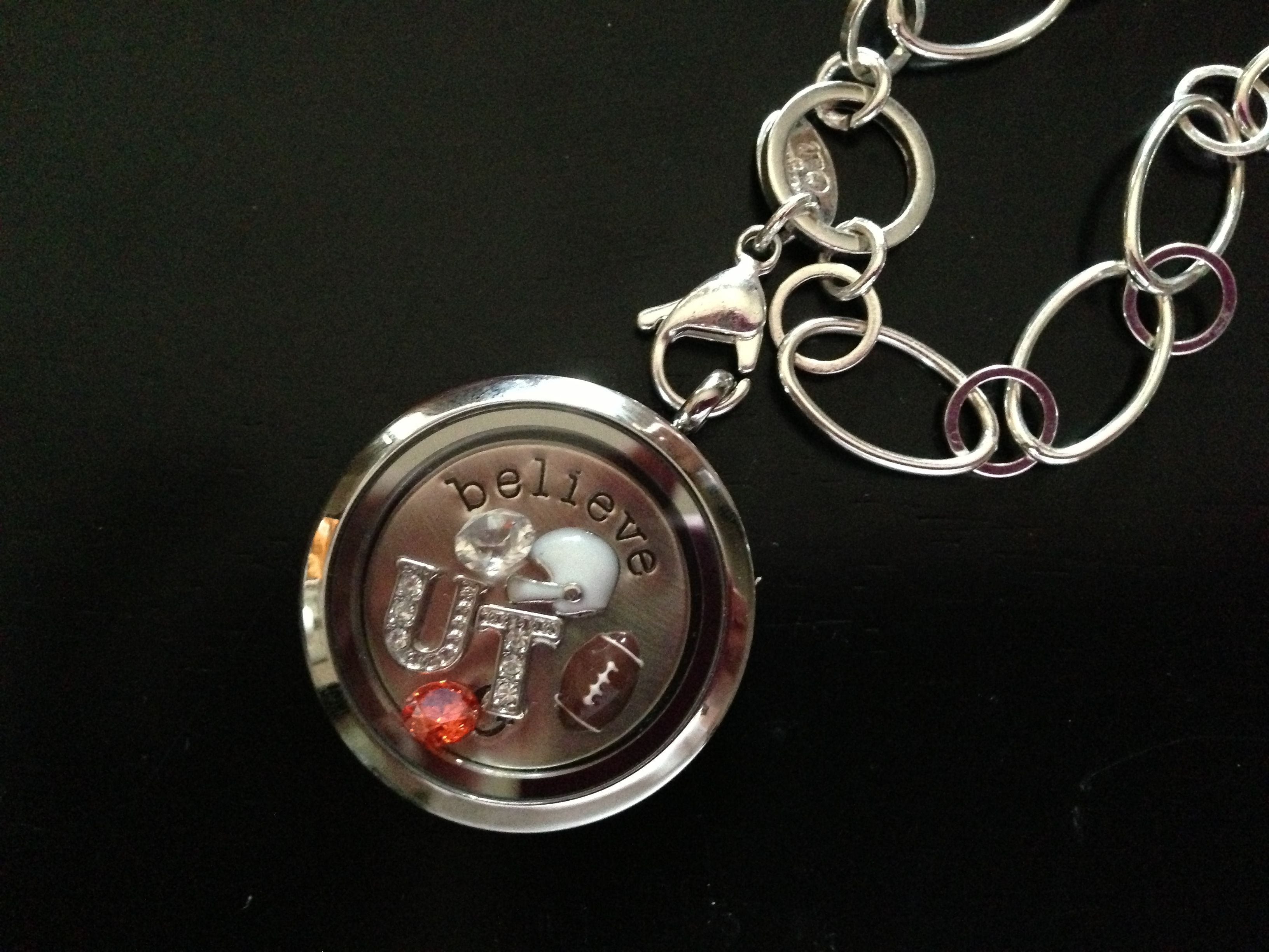 TN football fans!! Get yours in time for football season! sherrydavis.origamiowl.com Facebook.com/sherryslocketsncharms Mentor #27212