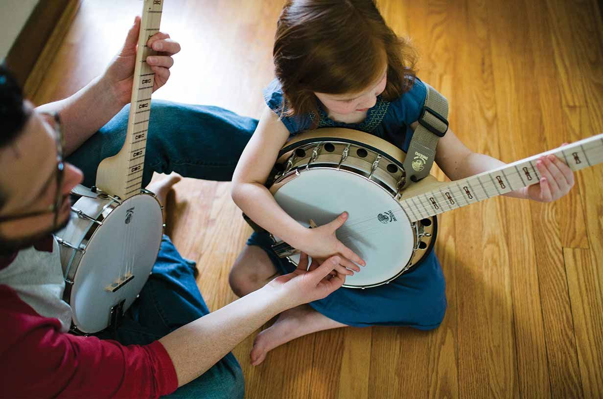 Tips To Help Banjoists Change From Chord To Chord