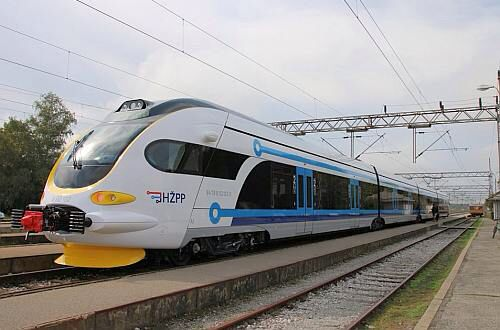 New Croatian Built Suburban Trains Enter Service Around Zagreb