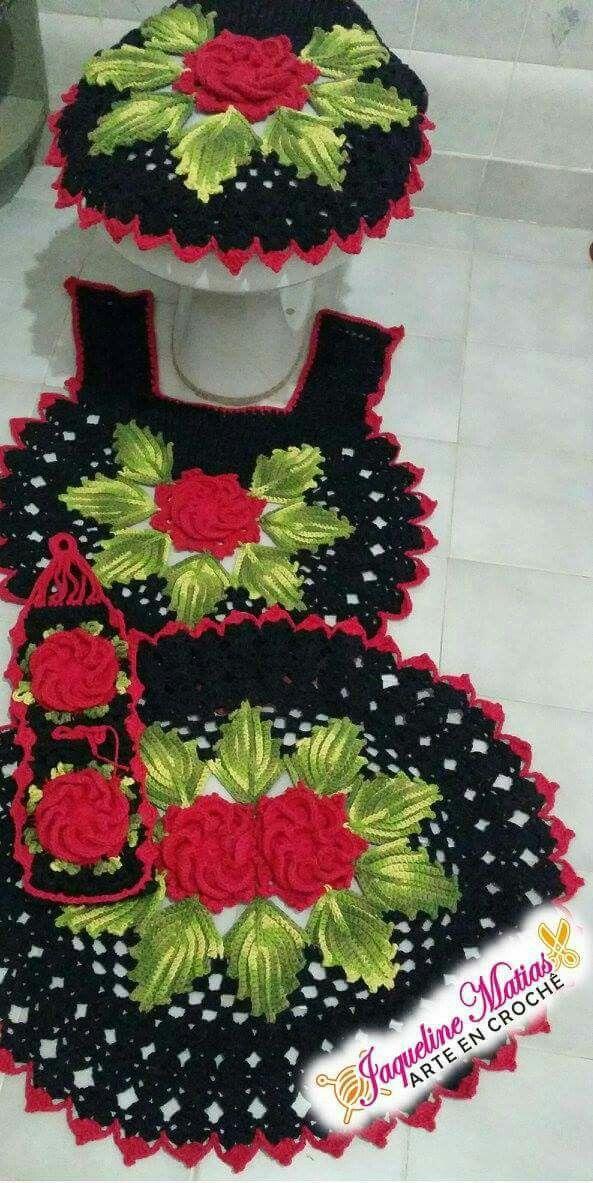Jogo De Banheiro Em Croche Preto E Vermelho Jaqueline Matias Arte Em Croche Arte Em Croche Tapete Croche Banheiro Jogos De Banheiro