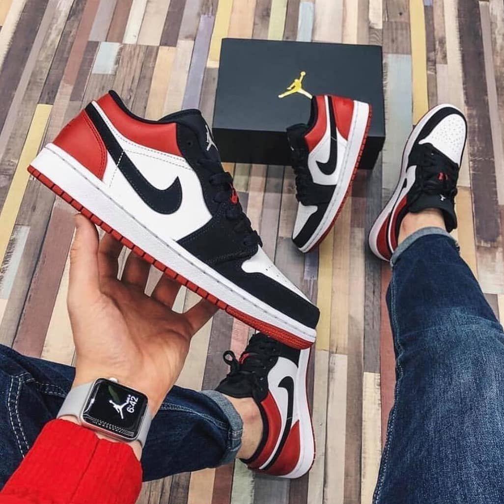 Nike Air Jordan 1 Low Black Toe Size