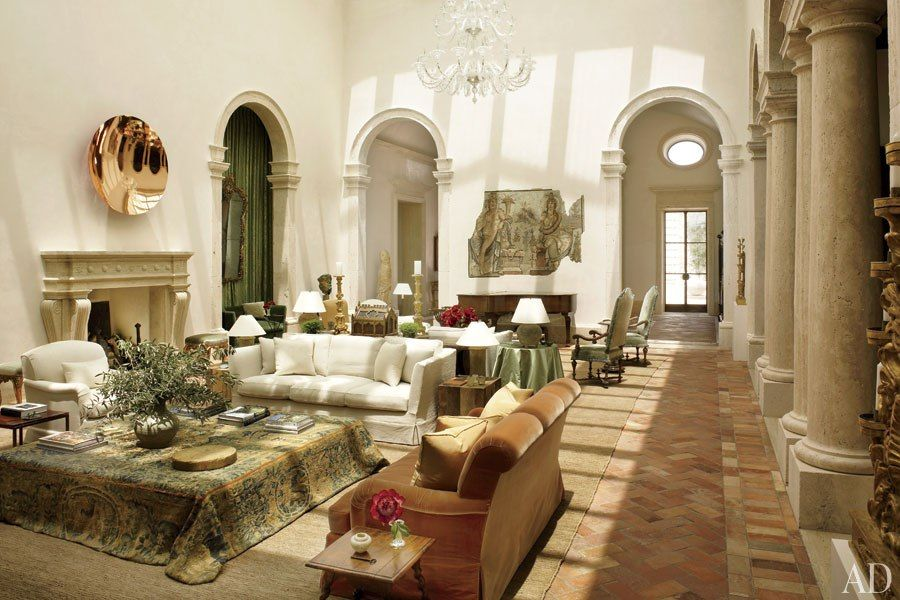 A Palatial ItalianStyle Home In Las Vegas Blends Modern Elements - Beautiful interior decorating ideas blending mexican style oceanfront villa chic