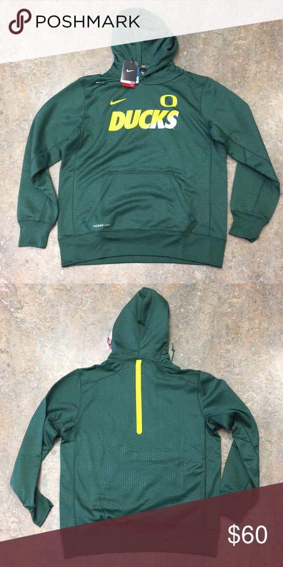 Oregon Ducks Nike Hoodie Pullover Sweatshirt Large Brand new with tags  officially licensed Oregon Ducks Nike men s Therma Fit Pullover hoodie  sweatshirt ... 67dc4f01e