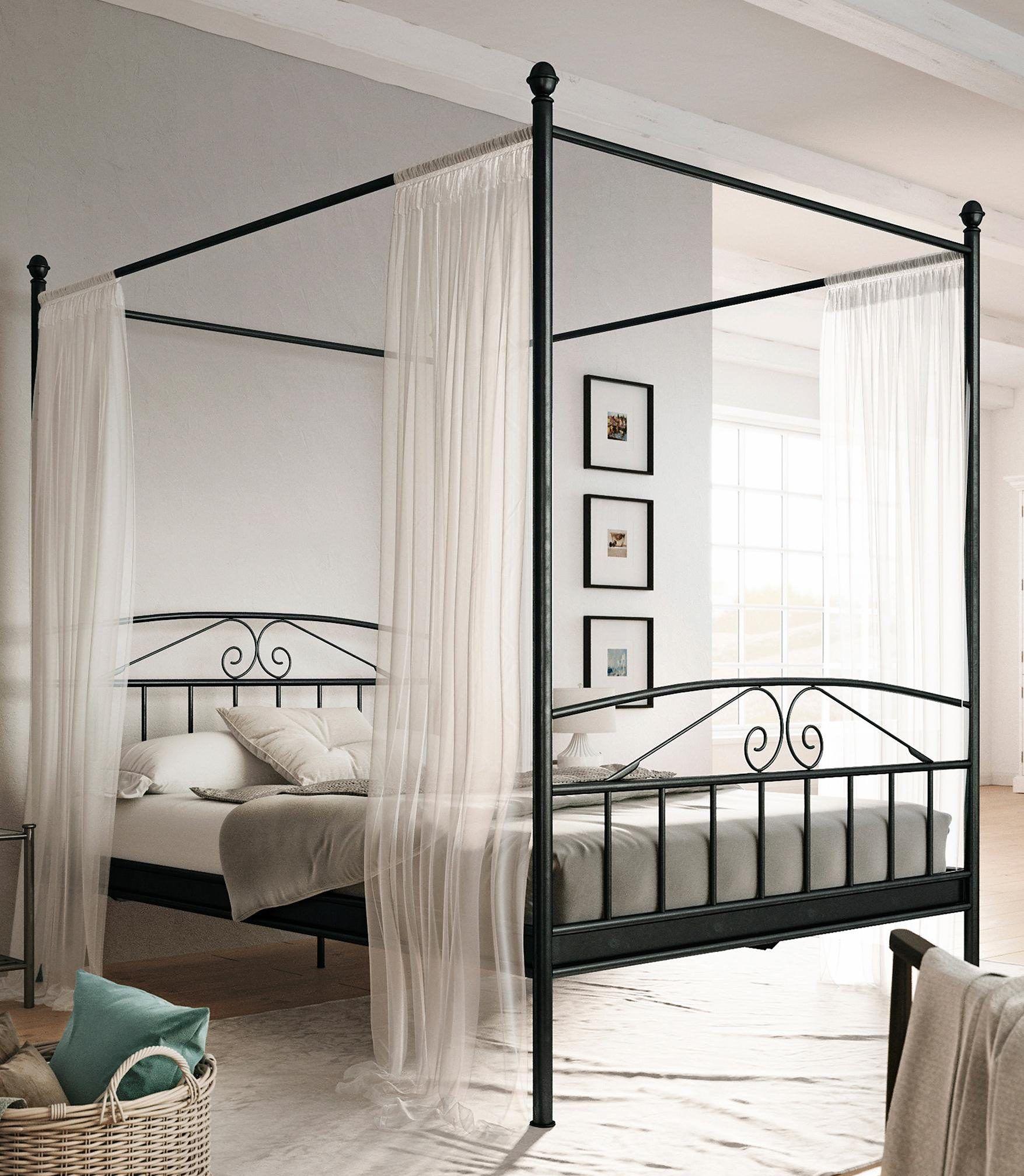 Stunning Schmaler Dreht ren Kleiderschrank optimal f rs G stezimmer Betten de kleiderschrank metall mediterran holz http betten de schlafzimm u
