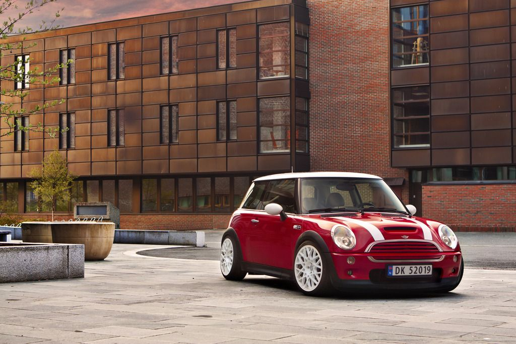 9to5 Starring Mini Cooper By Martin Ger Design