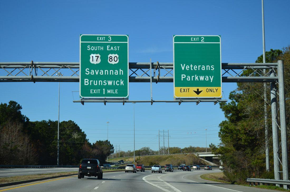 Interstate 516 & Georgia 21 curves northwest at Exit 2 ...