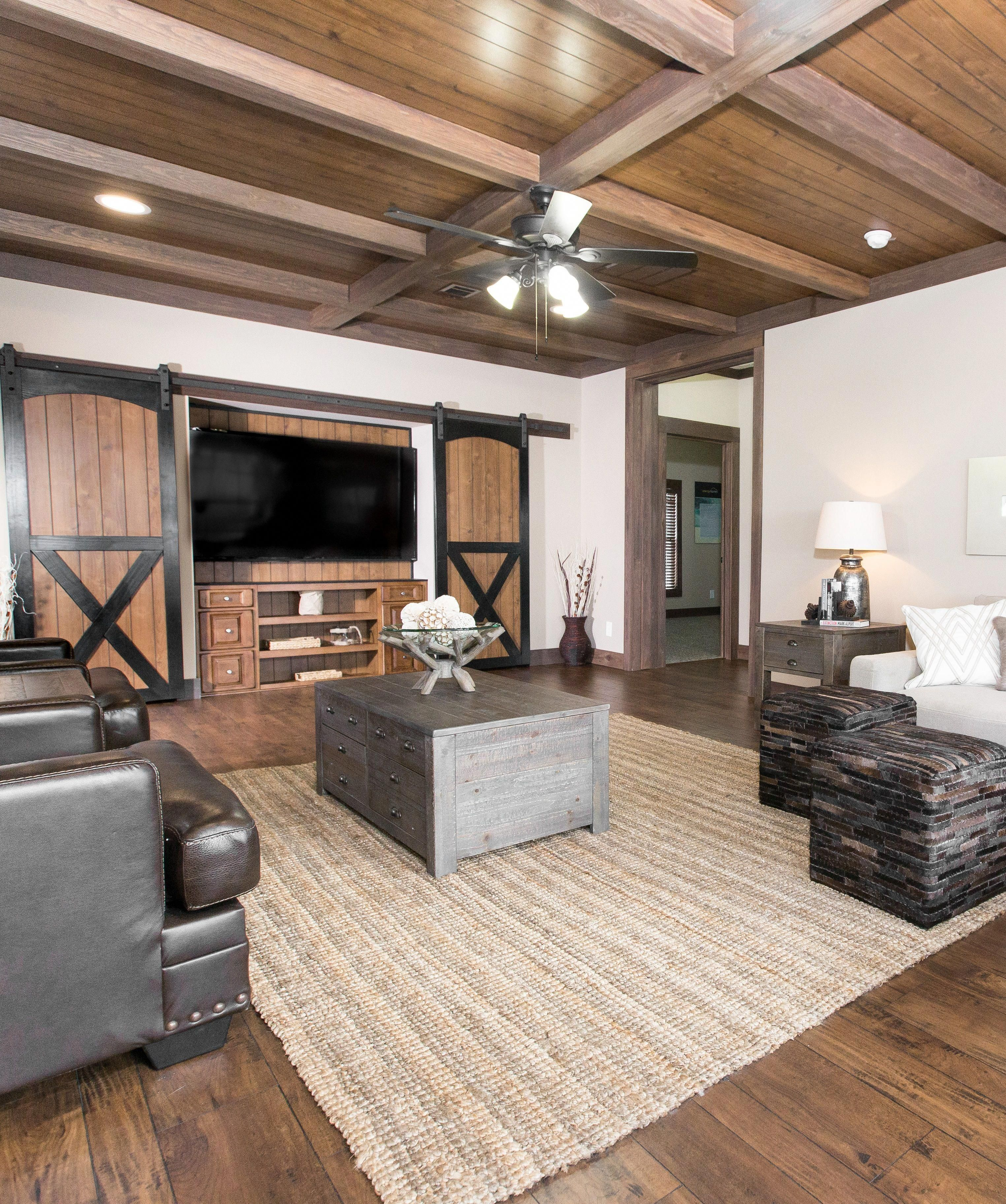 Mobile Homedecorating: Beautiful Barn Doors And Wood Beam Ceilings: The New