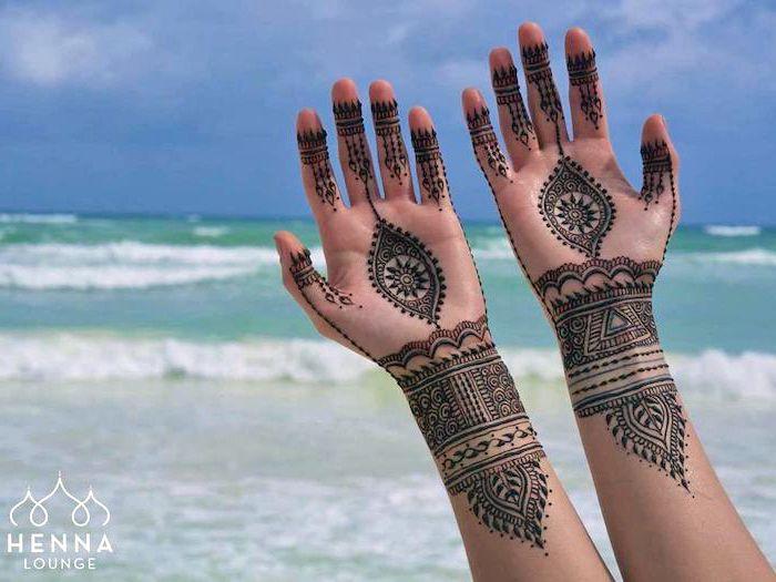 1001 ideen wie sie ein henna tattoo selber machen pinterest indische tattoos henna. Black Bedroom Furniture Sets. Home Design Ideas