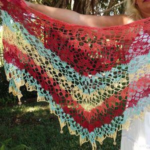 47 Crochet Prayer Shawls + Some Tutorials   That's quite a yarn